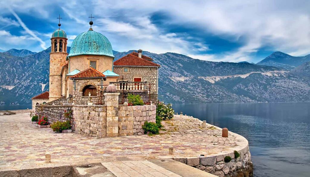 hayatestate-montenegro-cityzenship-2021__